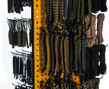 Фирменные стенды для паракорда и изделий из паракорда